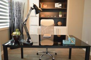 Dôraz na kancelársky nábytok